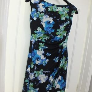 Ralph Lauren Size 2P Floral Dress